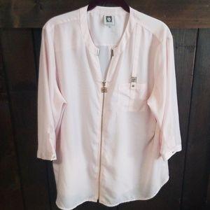 Anne Klein pink top